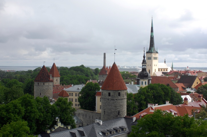 St._Olafs_Church_and_All-linn_Tallinn_2009